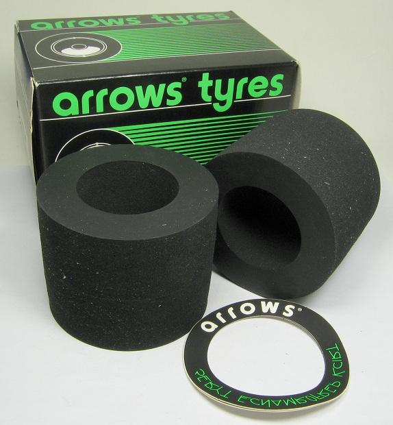 Arrows 5007.00.00 - 1/8 Rear Sponge Tire 07 Silver Dot