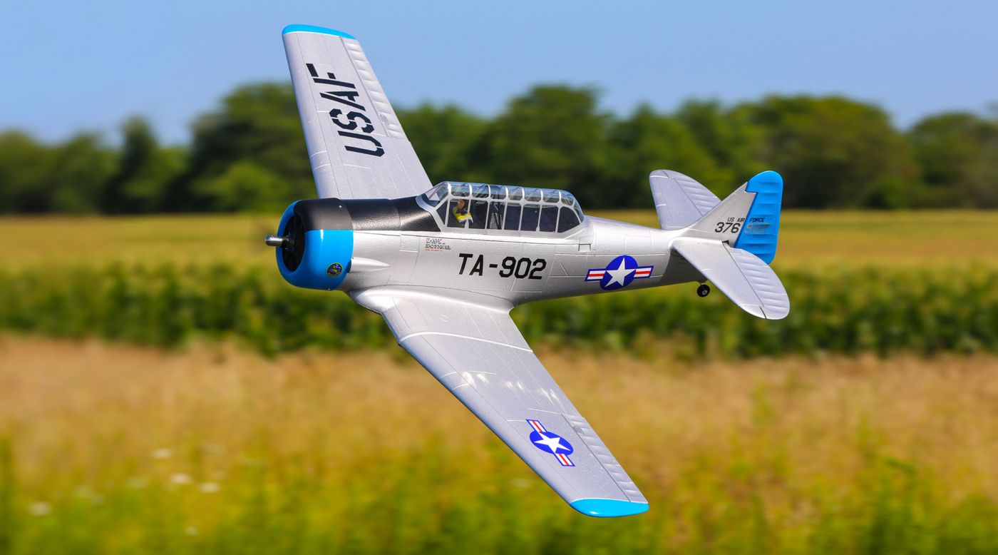 E-flite EFL8750 - AT-6 1.5m BNF Basic