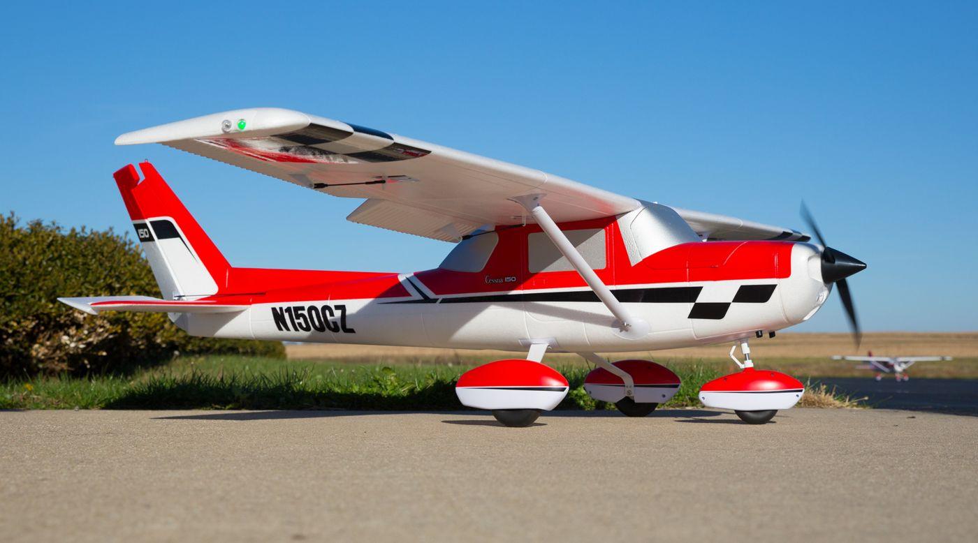 E-flite EFL1450 - Carbon-Z Cessna 150 2.1m BNF Basic