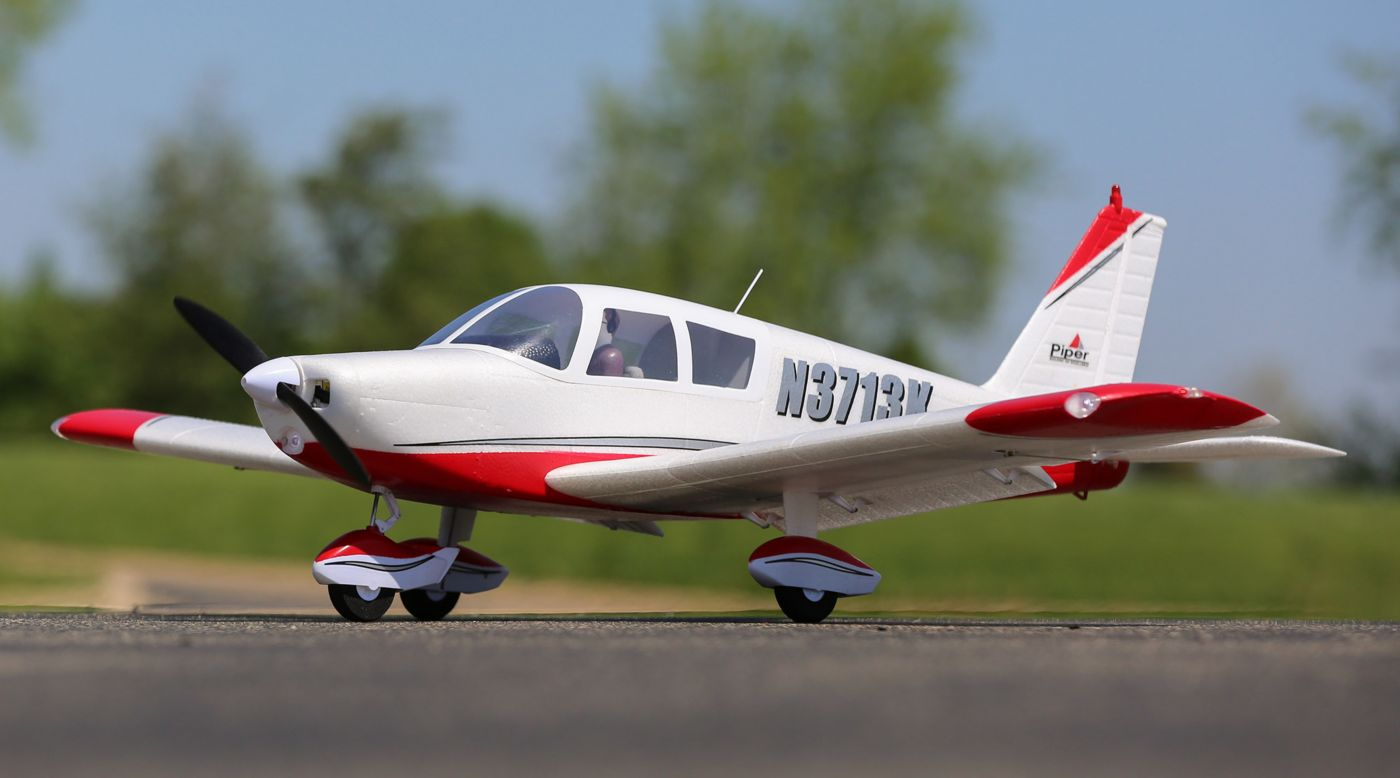 E-flite EFL5450 - Cherokee 1.3m BNF Basic with AS3X and SAFE Select
